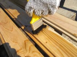 Ochranný nátěr dřeva