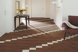 Vinylová plovoucí podlaha s dřevodekorem