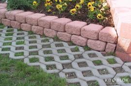 Betonová vegetační dlažba a tvarovky opěrné zídky