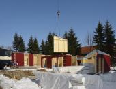 Výjimku představují montované dřevostavby, jejichž realizace může probíhat po celý rok