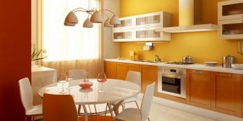 Moderní kuchyně s jídelnou