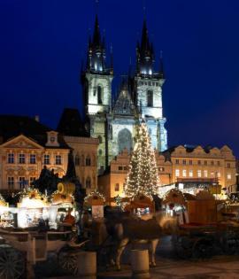 Vánoční trh na staroměstském náměstí