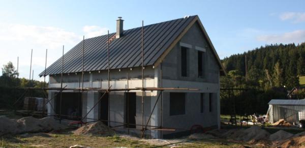 Dokončení hrubé stavby rodinného domu