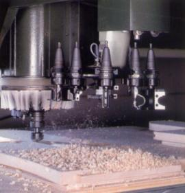 Dřevoobráběcí stroj