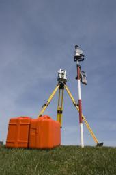 Geodetické měřící přístroje