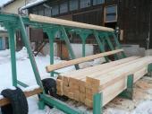 Výroba dřevěných prvků krovu