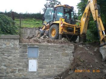 Zemní práce spojené se zásahem do opěrné zdi