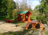 Dřevěný dětský přístřešek