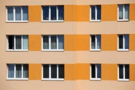 Zateplený bytový dům s vyměněnými okny