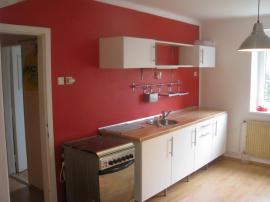 Vymalovaná kuchyně
