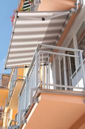 Otevřené markýzy jsou ideální pro zastínění balkónů