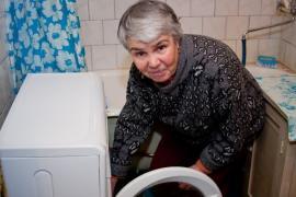 Málo místa - to je největší problém koupelen ve starších bytových domech, heslem pro koupelnu bylo dřív: