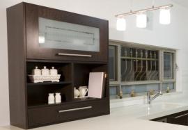 Matované sklo kuchyňské skříňky s geometrickým vzorem
