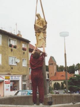 Kašna se sochou sv. Floriána, Kynšperk nad Ohří, kamenosochařská práce
