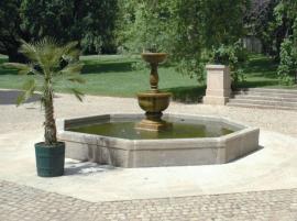 Kašna na zámku Lány, kamenosochařská práce