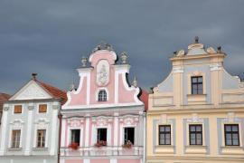 Klempířské prvky se na domech bohatě rozvinuly v baroku