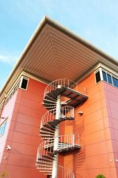 Kovové schodiště