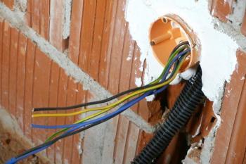 Nejjednodušší je provedení nových elektroinstalací v novostavbě