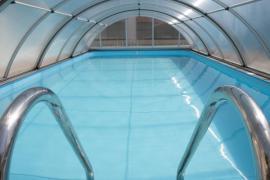 Zastřešení bazénu dutinkovým polykarbonátem