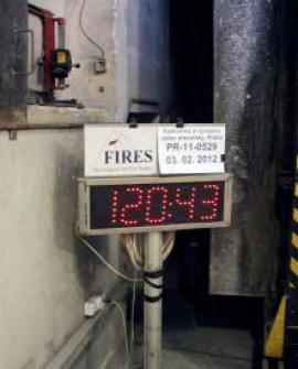 I 120 minut požáru bylo na tuto obvodovou stěnu málo