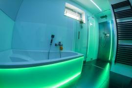 Řízení náladového osvětlení v koupelně