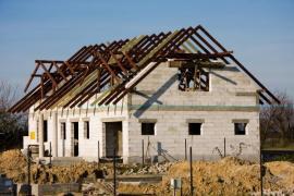 Výstavba zděného domu