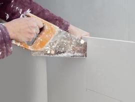 Snadné řezání sádrokartonových desek i běžnou ruční pilou