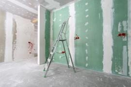 Zelené (impregnované) a běžné sádrokartonové desky