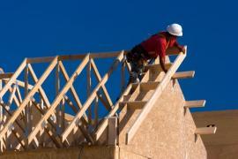 Realizace krovu na dřevostavbě rámové konstrukce