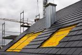 Střecha před montáží střešních oken