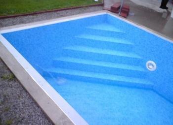 Fólií z měkčeného PVC izolovaný bazén