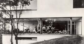 Detail jihovýchodního průčelí se zimní zahradou, 30. léta