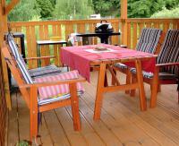 Zahradní nábytek z tuzemských dřevin