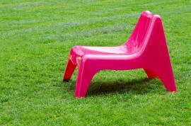 Designový plastový zahradní nábytek