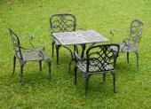 Litěný zahradní nábytek