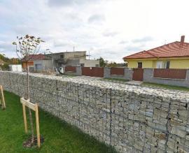 Stěna z gabionů
