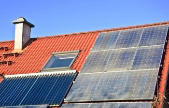 Solárně termické a fotovoltaické panely
