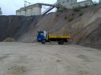Nejen odvoz suti, ale doprava stavebního materiálu na staveniště