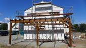Stavba pergoly garážového stání