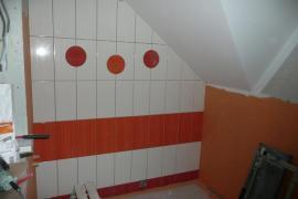 Obložení druhé koupelny