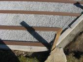 Montáž roštu na štěrkové lože