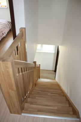KUBIS 631 - schodiště