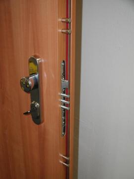 Bezpečnostní dveře SHERLOCK®