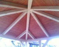Střecha besídky, pohled zdola