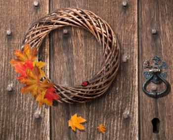 Jednoduchý podzimní věnec - v čistotě a jednoduchosti je krása