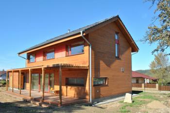Pasivní dům stavěný podle návrhu Ing. Arch. Josefa Smoly