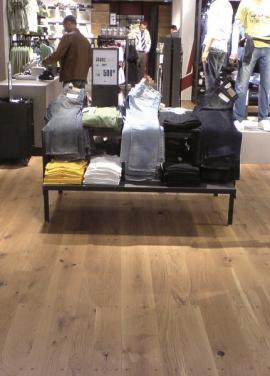 Dřevěná masivní podlaha FEEL WOOD – Dub Rustikal UV lak
