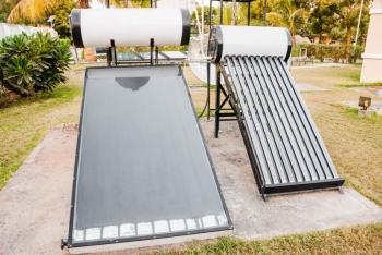 Plochý a trubicový solárně termický kolektor