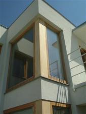 Renovovaná dřevěná okna