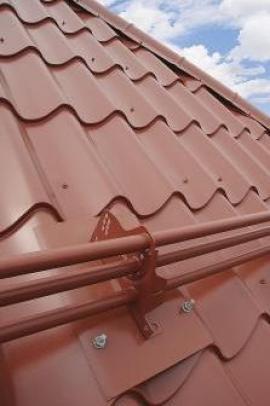 Zabezpečení střechy Lindab Protectline - trubkové zachytávače